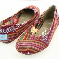 Toms ballet flat shoes / Red print / Size 6