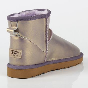UGG autumn and winter new flat bottom wild boots warm and velvet snow boots shoes