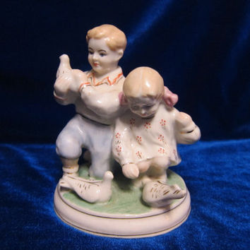 VINTAGE Porcelain Figurine Soviet girl boy dove Polonsky russian antique ussr