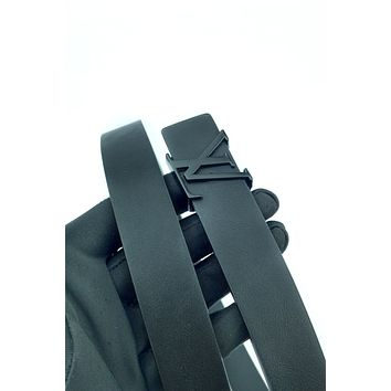 LV 2019 new personality simple letter buckle belt Black