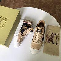 BUERERRY*2021 Men Fashion Boots fashionable Casual leather Breathable Sneakers Running Shoes09280cx