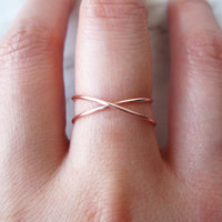 SALE Rose Gold X ring//rose gold criss cross ring, cross ring, reversible ring, knot ring, x ring, delicate ring, dainty ring, wire ring