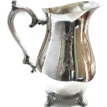 Wm Rogers 817 Silver Plate Water Beverage Pitcher, With Ice Lip