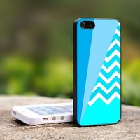 Coral Chevron Block - For iPhone 4,4S Black Case Cover