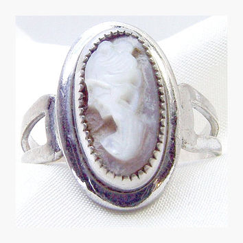 Sarah Coventry Mother of Pearl Cameo and Sterling Ring - Book Piece