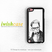 Miley Cyrus Beauty iPod Touch 4 Case iPod Touch 5 Case