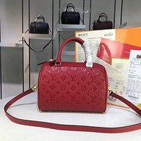 LV Louis Vuitton Hot Sale Embossed Letters Solid Color Ladies Shopping Handbag Shoulder Bag Diagonal Bag Red