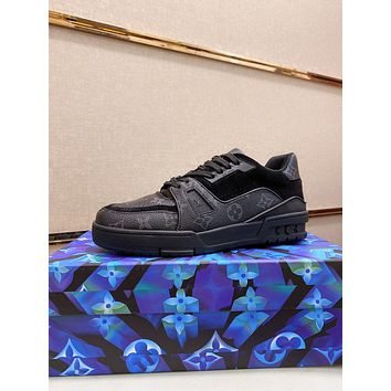LV2021 Men Fashion Boots fashionable Casual leather Breathable Sneakers Running Shoes0517pp