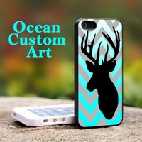 Chevron Browning Deer - Print on Hard Cover iPhone 4/4S Black Case