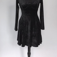 Vintage Retro 1980s 90s Marnie West Size 7 Small Short Black Crushed Velvet Long Sleeve Party Prom Dress Grunge Goth New Years Eve