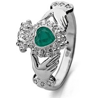 Claddagh Ring LS-RS971 - Size: 6 Made in Ireland.