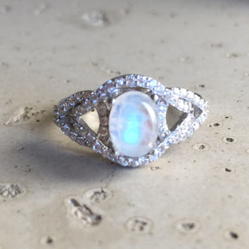 Stunning Moonstone Ring- Engagement Ring- Wedding Ring- Statement Ring- Rainbow Moonstone Ring- Sterling Silver Ring- June Ring