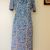 Vintage 1940s Novelty Print Day Dress with Bow