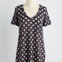 Mid-length Short Sleeves Packing Preserves Top in Charcoal Spots