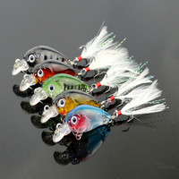 3.6cm 4g Fishing Lures Crank Baits Mini Crankbait 3D Fish Eye Artificial Lure Bait with Feather Lifelike Siumlation Fake Lure