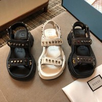 GUCCI Leather and mesh sandal with rivet