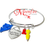 HOW I MET YOUR MOTHER Right Place Right Time Harmony Bangle