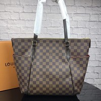 LV Tide brand high quality female shopping bag shoulder bag Messenger bag Coffee check
