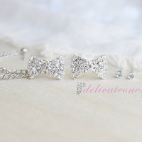 Rhinestone Bow and Bonus Studs Chain Cartilage Piercing