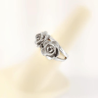 Sterling Rose Ring Size 6 - Two Rose Ring - Silver Roses Ring - Vintage Silver Ring - Sterling Flower Ring - Rose Ring - Silver Floral Ring