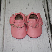 0-6 month genuine leather baby moccasins, baby booties, baby moccasins, infant moccasins, baby slippers, wholesale moccasins, toddler shoe