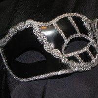 Black and Silver Vienna Mask