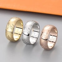 LV Louis Vuitton Hot Sale Embossed Letter Logo Couple Ring