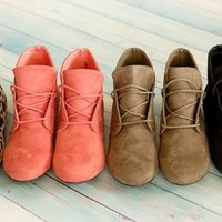 Women's Ankle Oxfords!