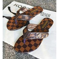 Hot ! Louis Vuitton LV Popular Women Beach Home Flat Sandal Slipper Shoes Flip-Flops I12595-1