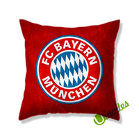 Bayern Muenchen Red Background Logo Square Pillow Cover