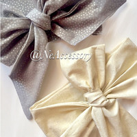 Holiday Photo Prop, Bay Turban Hedband, Christmas Headwrap in Silver or Gold