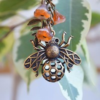 Bee keychain Charm keyring Summer accessories beach car accessory Cute Keychains bronze Charms Bag Charm boho bohemian flower Bee Themed honeycomb insect best friend gift