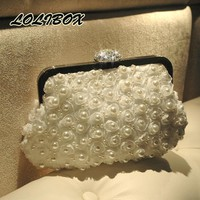 The New 2017 Chain Crossbody Bags For Women Flowers Pearl Women Evening Clutch Bags Diamonds Bride Wedding Party Purse Clutch