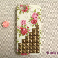 Floral iPhone 5 case studded iPhone 5 case vintage by StudsCase