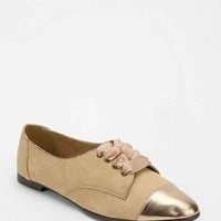 Kimchi Blue Metallic Ribbon Oxford- Tan 9- Tan 9