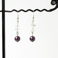 Pearl and crystal bridesmaids earrings, purple wedding earrings, purple pearl earrings, bridesmaids pearl earrings, handmade in the UK