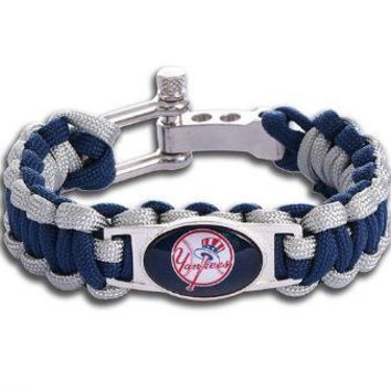 MLB - New York Yankees Custom Paracord Bracelet