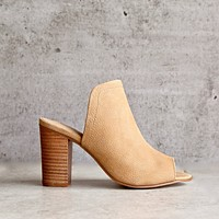 Final Sale - Sbicca - Lova Block-Heel Mules in Tan