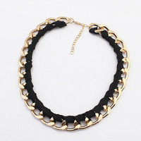 Weave Link Chain Short Necklace