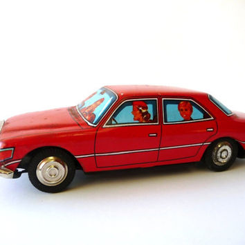 Vintage Red Metal Car - AntiqueToy - Mercedes Benz Car