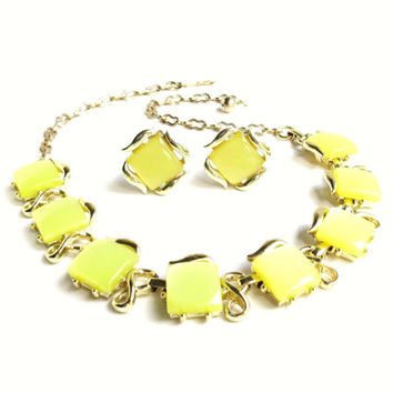 Vintage Yellow Moonglow Thermoset Necklace and Earrings, Light Green Choker, Square Design Necklace