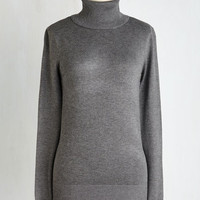Minimal Mid-length Long Sleeve Stick to Classic Sweater in Dove