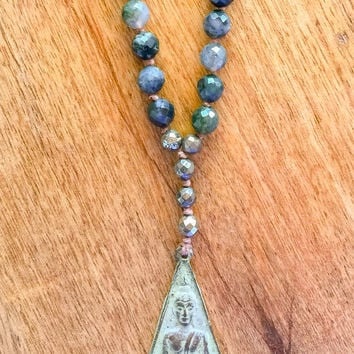 Buddha Meditation necklace in Moss Agate