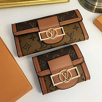 Louis Vuitton LV presbyopia fashion all-match clutch bag