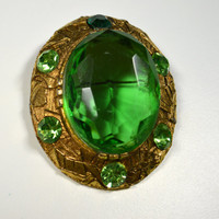 Vintage Large Brooch Pin Green Large Facetted Rhinestone Oval Goldtone Pin Brooch Green Rhinestones Pendant/Brooch Statement Pin