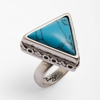 Berry Triangle Ring