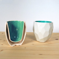 Modern quality facetted porcelain thermo tea cup - dual wall isolating cup hot in polygons - Poligon thermo Cup - Coffe mug - Emerald Green