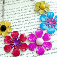 Colorful Flower Necklace - Red, Pink, Blue, Green, And Yellow - Flower Child