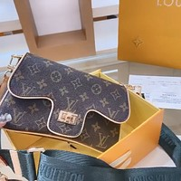 LV new ladies retro wide shoulder strap shoulder bag