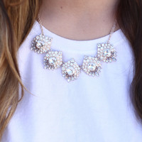 One Look Necklace
